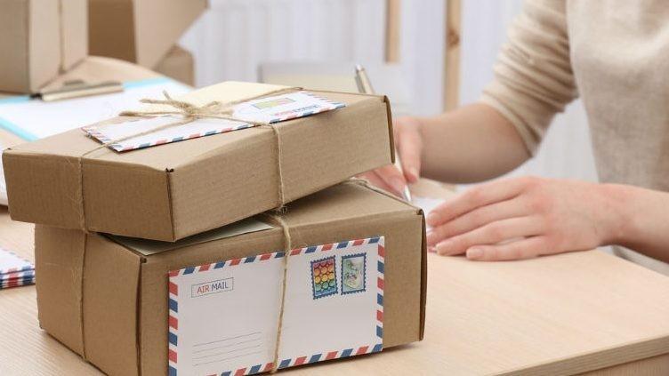 Vama va dispune de o aplicație online de procesare a trimiterilor poștale internaționale