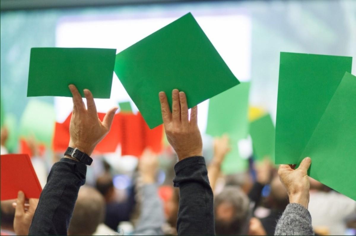 Avocații din circumscripția Curții de Apel Chișinău prea ocupați pentru a participa la Adunarea generală a Baroului.  A fost convocată o nouă reuniune