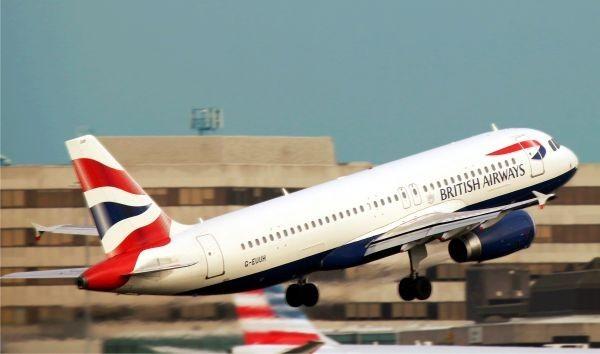 Amendă de 230 milioane dolari pentru o companie aeriană care nu a protejat datele clienților