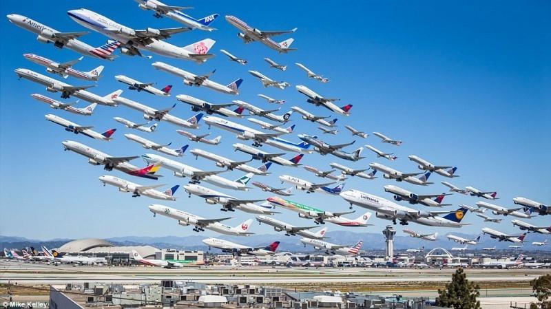 Noi reguli pentru aviația civilă. Ministerul Economiei vrea să introducă noi prevederi pentru domeniu și să includă unele sancțiuni