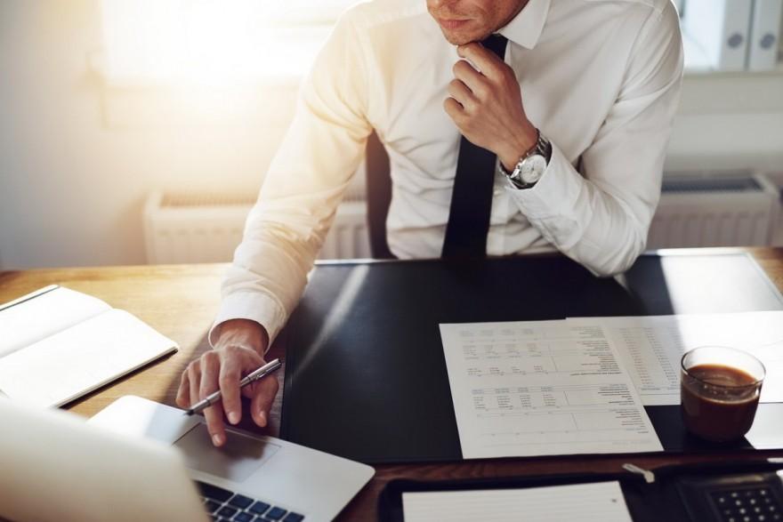 Conducătorii birourilor asociate de avocați ar putea fi aleși pe un termen de 4 ani pentru cel mult două mandate. Ce propuneri a înaintat un apărător