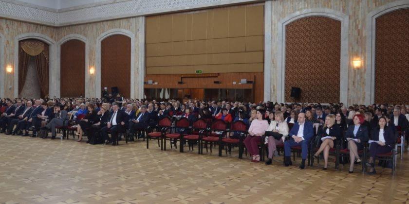 Mai mulți magistrați au lansat un apel către colegii lor, politicieni și societate civilă. Ce solicitări au