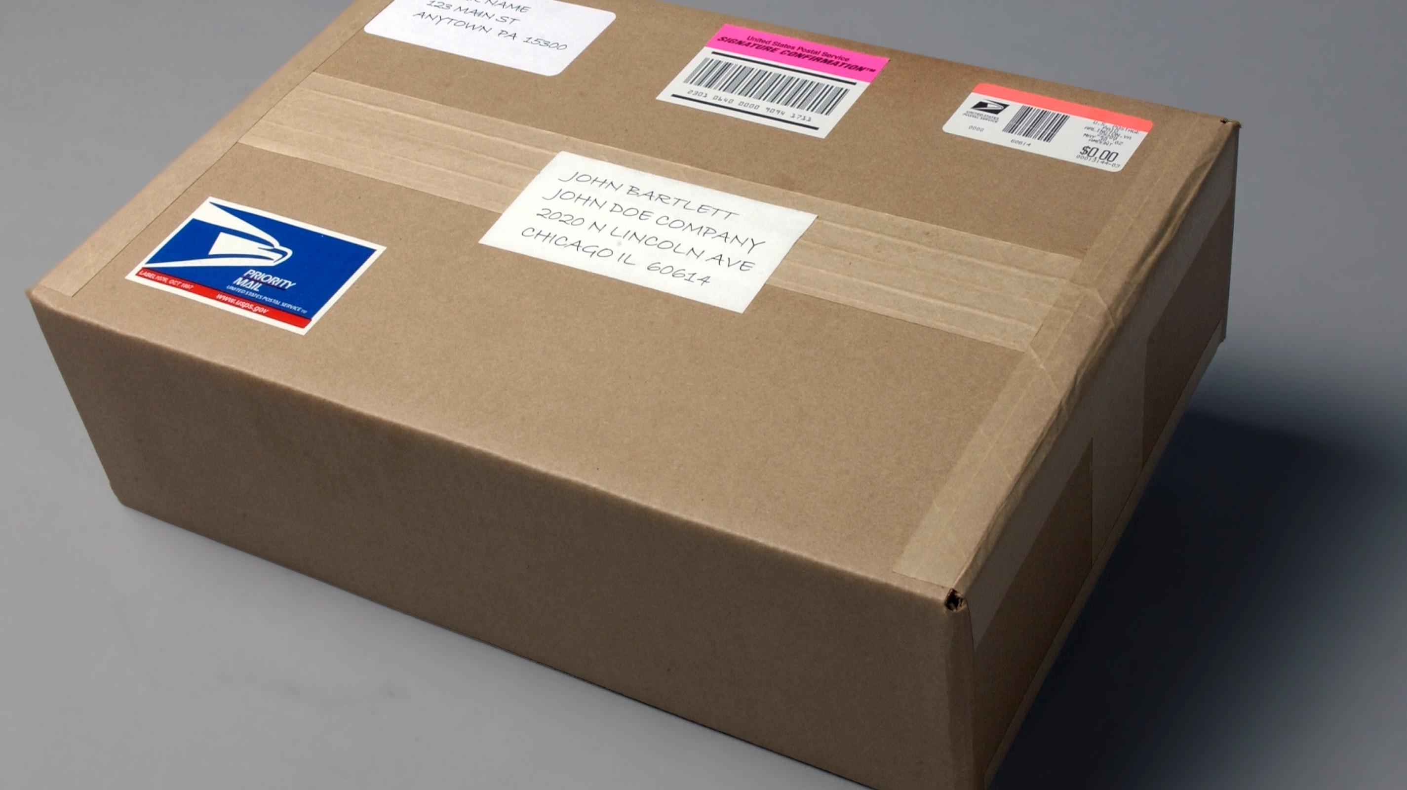 Limita neimpozabilă pentru trimiterile poștale internaționale se micșorează de la începutul anului viitor