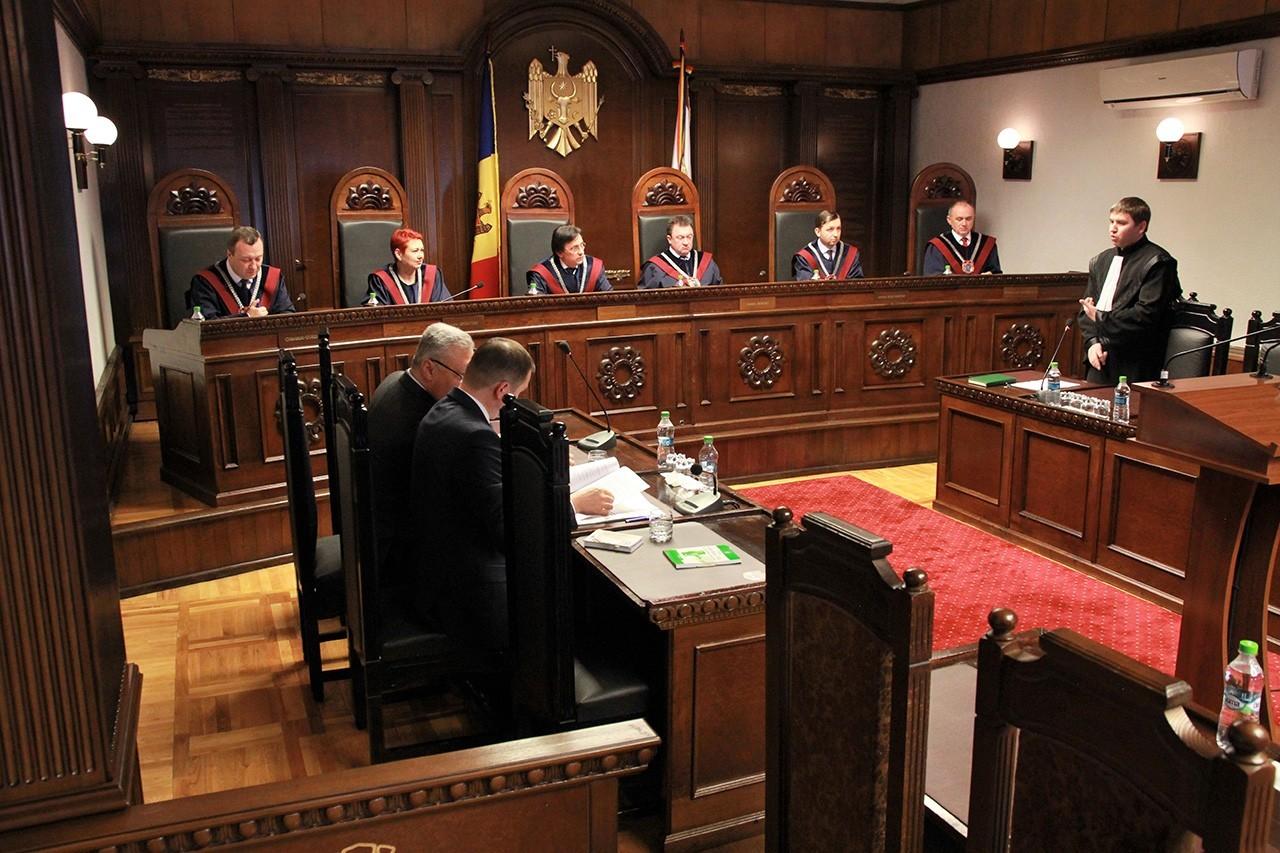 Șeful statului solicită Curții Constituționale să examineze, în regim de urgență, modificările recente la Legea cu privire la CSM