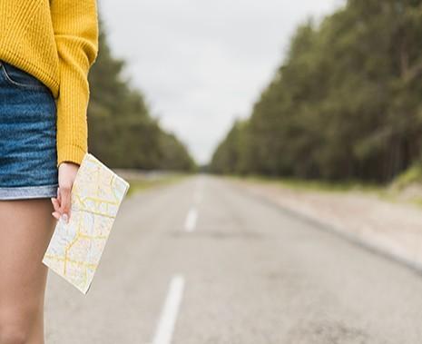 Turiștii nu vor mai fi obligați să facă asigurările de călătorie la agenția de turism. Ce modificări va aproba Guvernul