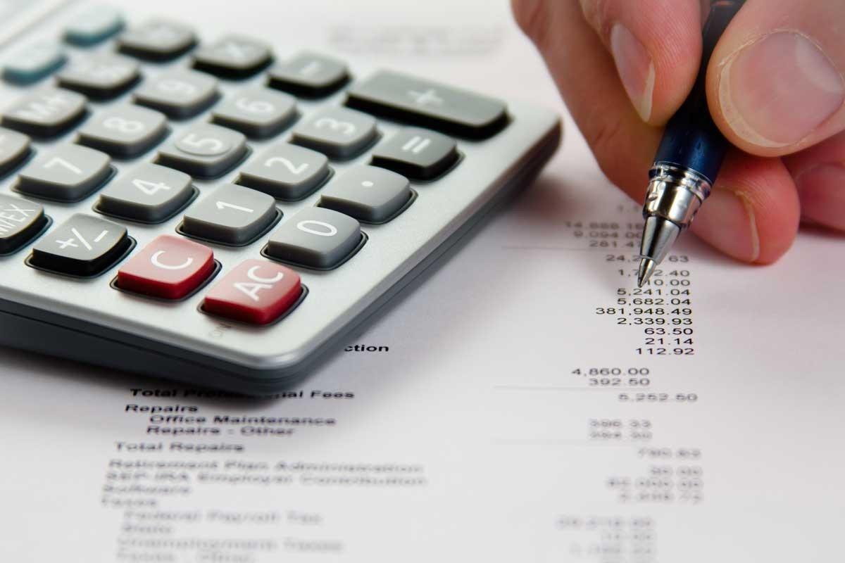 Administrarea mijoacelor bănești sechestrate pe conturile bancare. Autoritățile propun completări