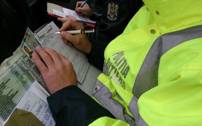 """România: O şoferiţă şi-a recuperat permisul pentru că a scris în procesul-verbal: """"Nu sunt de acord"""""""
