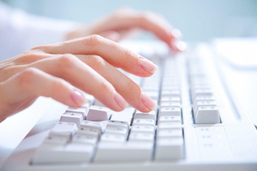 Semnătura electronică rămâne în istorie? În Moldova ar putea fi aplicat sigiliul electronic și identificarea electronică
