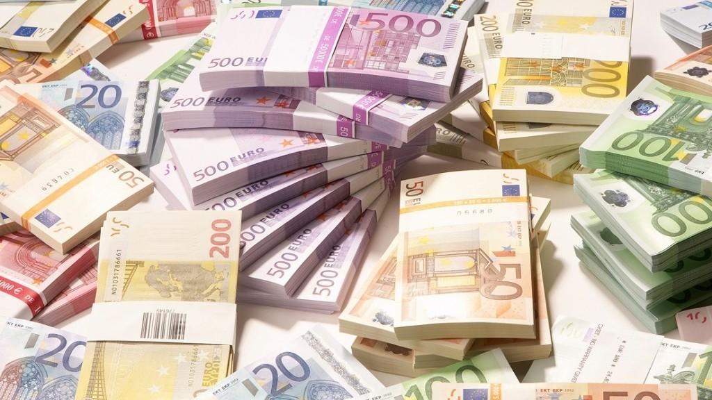 Câți bani au cerut avocații pentru reprezentarea statului în litigiul cu Komaksavia Airport Invest Ltd? Sumele încep de la 175 de mii de euro și ajung la 3,6 milioane de euro