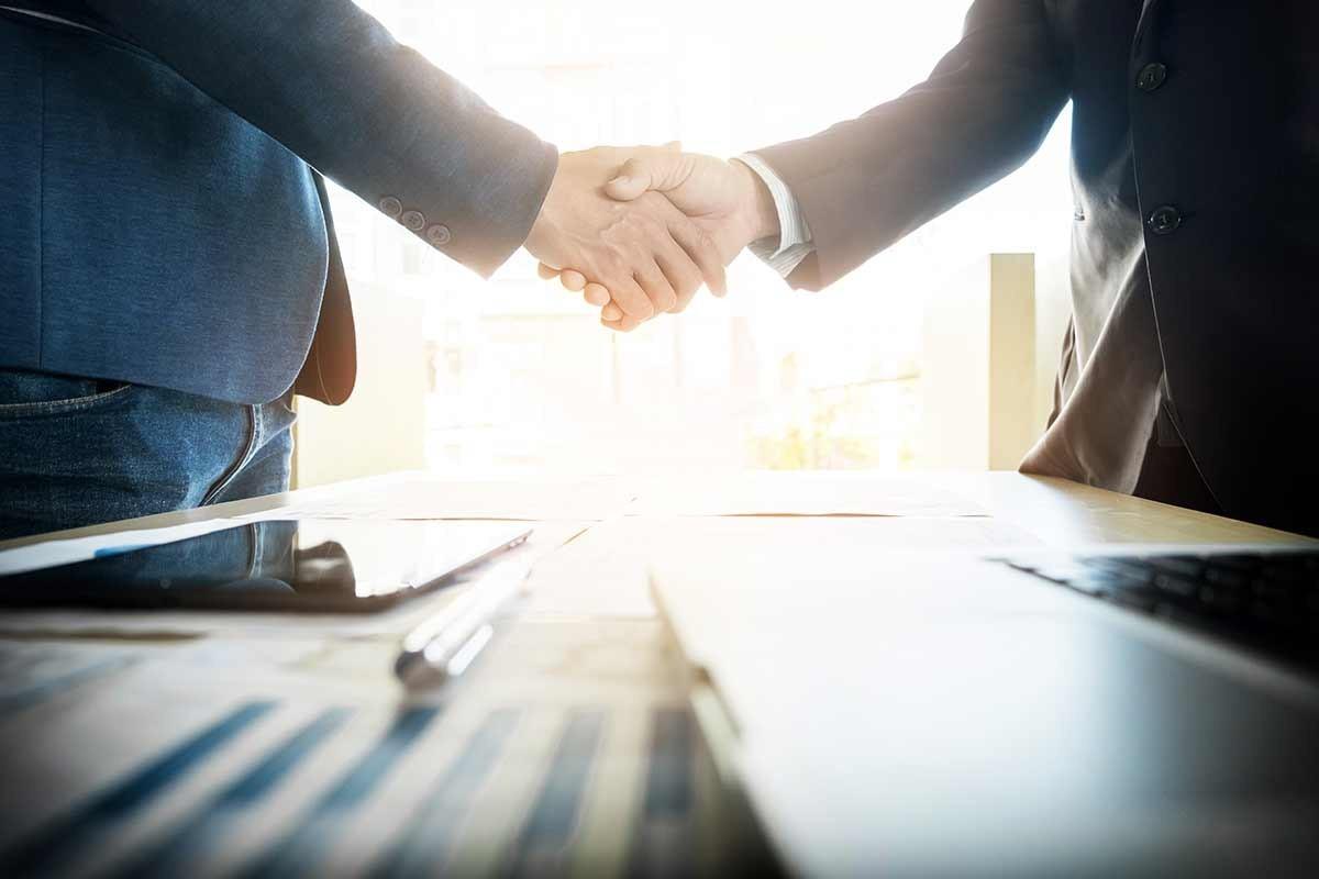 """Afaceri noi pe timp de pandemie: Peste 40 de beneficiari ai Programului """"PARE 1+1"""" au semnat contractele de finanțare"""