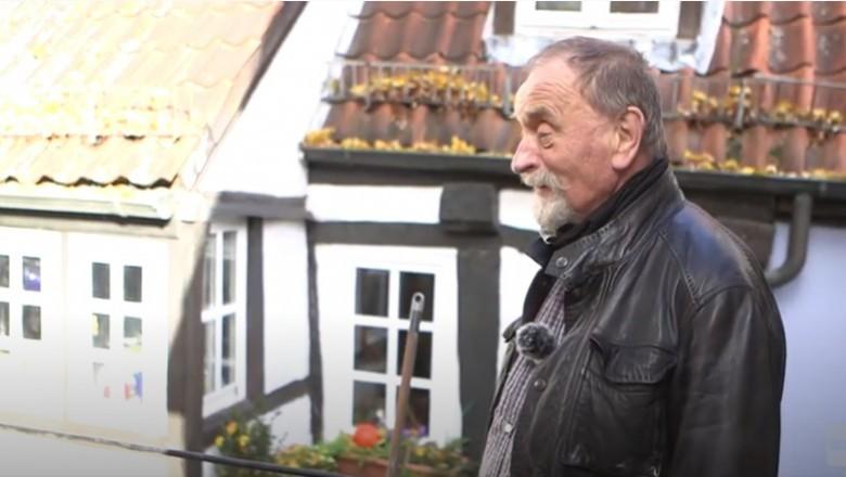 Un german de 77 de ani vinde o casă construită pe 7 metri pătrați cu 77.777 de euro. Locuința, veche de un secol