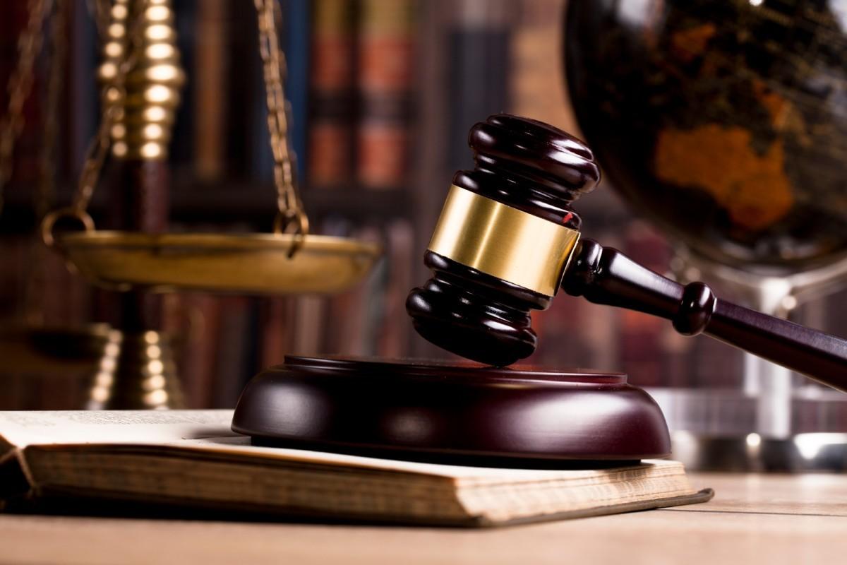 """Un magistrat de la Judecătoria Chișinău a primit titlul onorific """"Veteran al sistemului judiciar"""""""