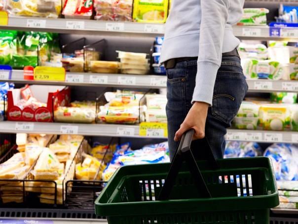 Reducerile cerute de comercianți la produsele alimentare autohtone ar putea fi plafonate la 10%