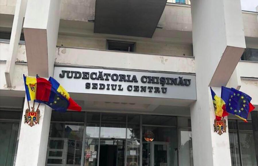 Judecătoria Chișinău a revenit la programul de muncă obișnuit