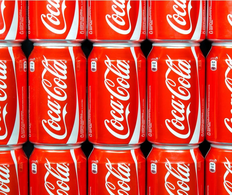 Uniunea Europeană lansează o investigaţie preliminară asupra companiei Coca Cola