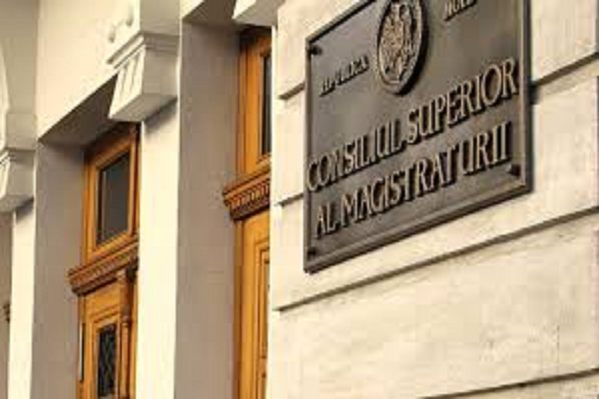 CSM îndeamnă persoanele care au date despre abaterile disciplinare ale magistraților să sesizeze Inspecția judiciară
