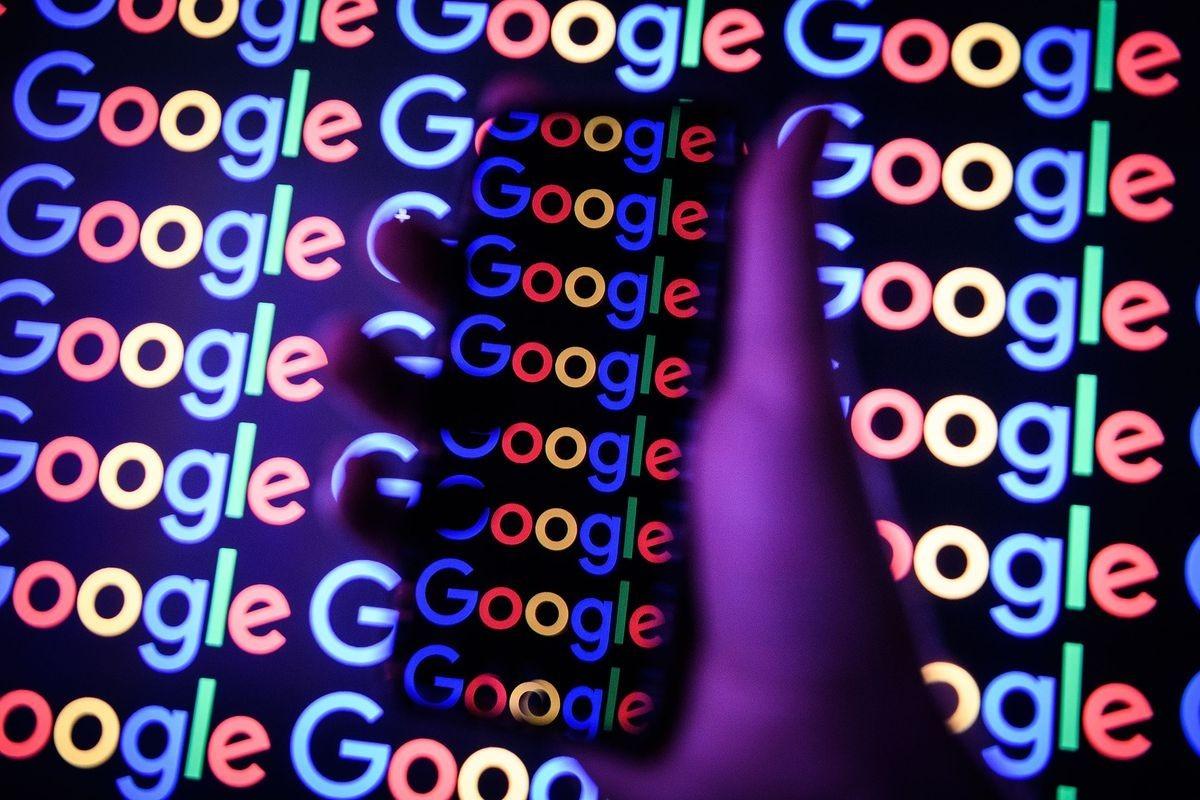 Google amendat cu 500 milioane de euro pentru încălcarea drepturilor de copyright în Franţa