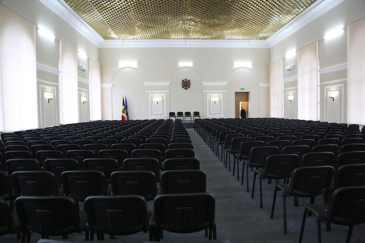 20 de locuri, în 2020. CSP a aprobat numărul estimativ de locuri pentru formarea inițială a candidaților la funcția de procuror