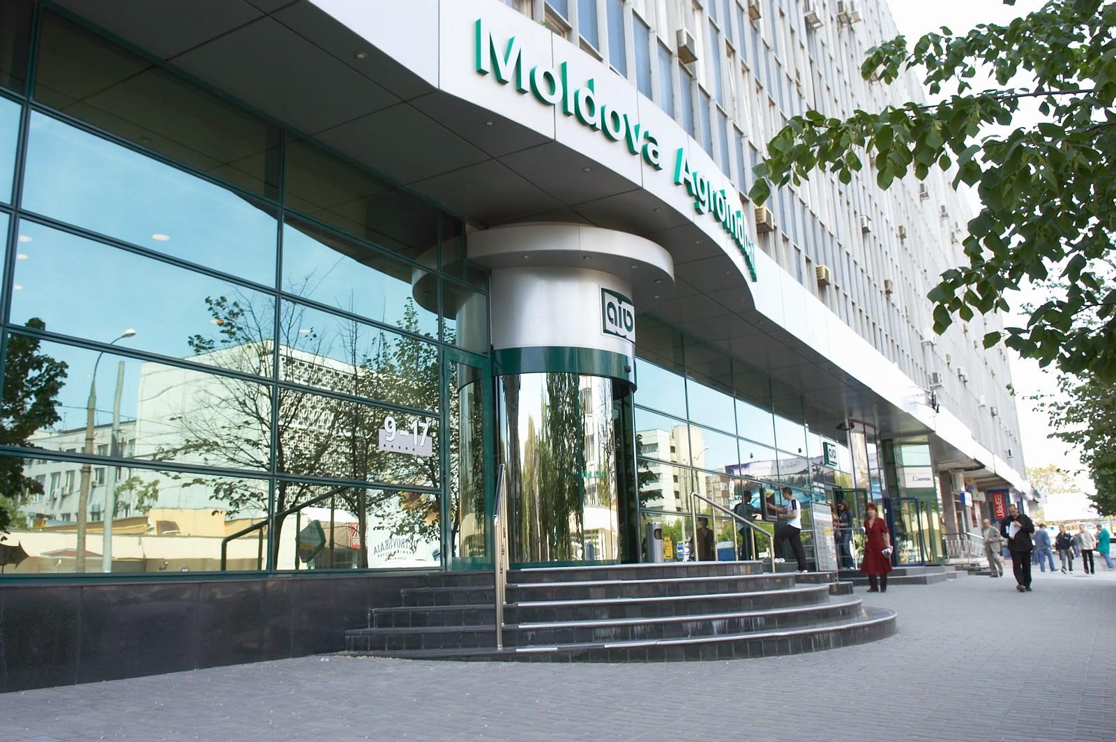 Agenția Proprietății Publice a cumpărat acțiunile Moldova-Agroindbank. Ce urmează