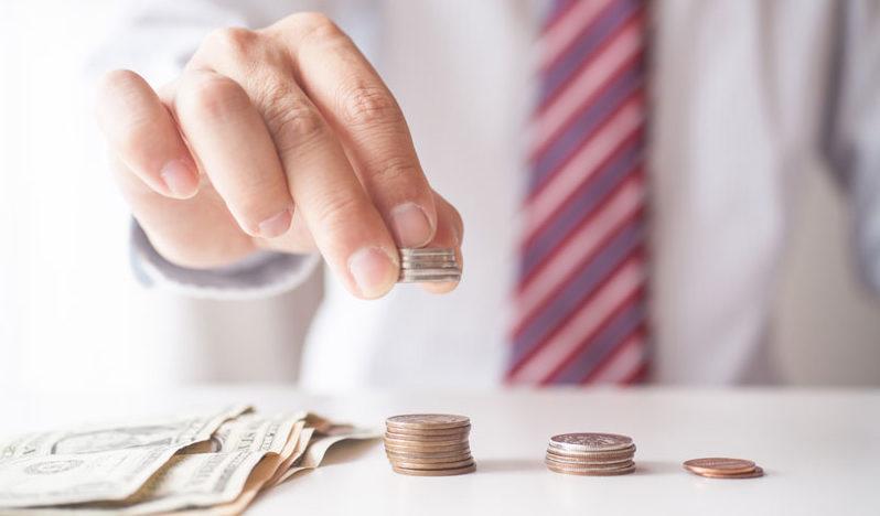 Sporuri salariale lunare de 80% pentru unii funcționari din sănătate. Ce propun autoritățile