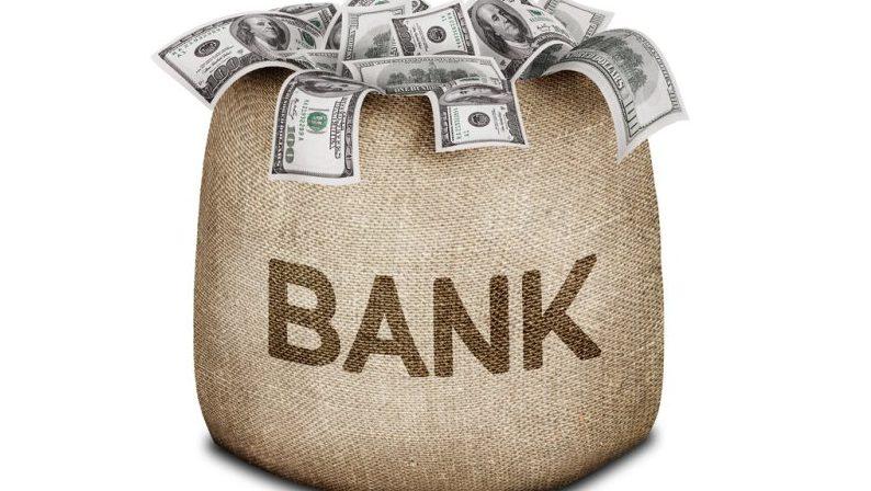 Bancherii moldoveni au câștigat mai puțini bani în primele 9 luni ale anului. Cu cât a scăzut profitul sistemului bancar