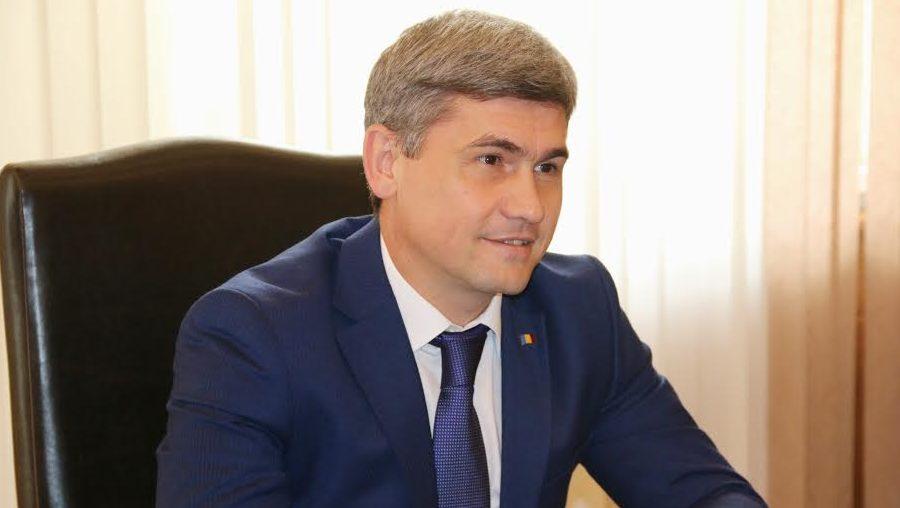 Alexandru Jizdan: Unii angajați nu sunt genetic niște oameni corupți. Nu rezistă în fața problemelor